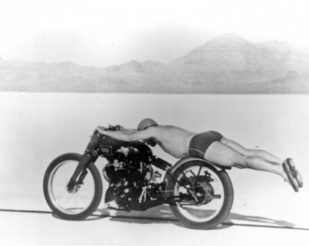 Хурдны дэлхийн рекорд тогтоосон нь. 1948 он.